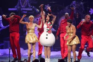 Katy+Perry+KIIS+FM+Jingle+Ball+2010+Show+H43VHVblrnCl