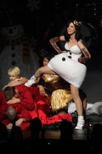 Katy+Perry+KIIS+FM+Jingle+Ball+2010+Show+LLVaQ91nuAEl