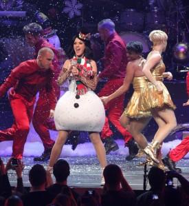 Katy+Perry+KIIS+FM+Jingle+Ball+2010+Show+XMz1Q95Al-7l