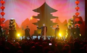 Chris+Brown+2013+Billboard+Music+Awards+Show+kWEZIHk3gSqx