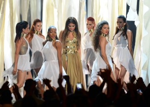 Selena+Gomez+2013+Billboard+Music+Awards+Show+UNNV0-C8iqRx